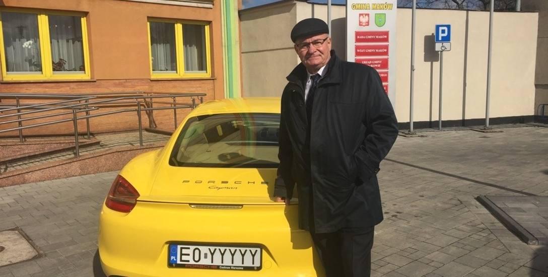 Gmina Maków sprzedała odziedziczone po mieszkańcu porsche