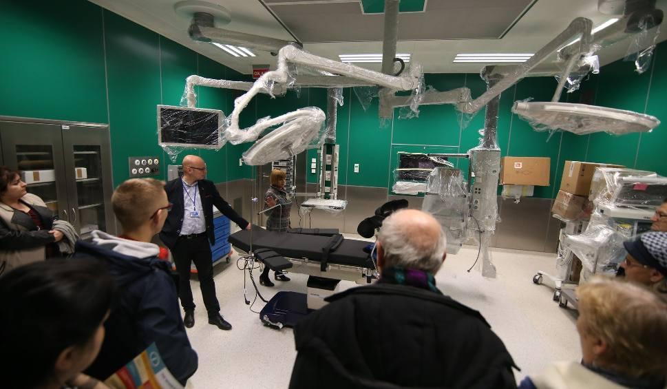 Film do artykułu: Szpital Miejski w Piekarach robi wrażenie. Tłumy zwiedzały nowoczesny budynek podczas dnia otwartego