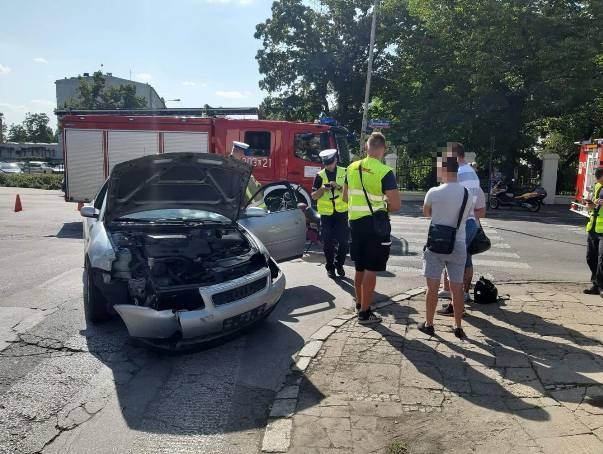Do groźnego wypadku z udziałem motocyklisty doszło na skrzyżowaniu Skłodowskiej Curie i Żeromskiego. WIĘCEJ ZDJĘĆ I INFORMACJI - KLIKNIJ NA KOLEJNE