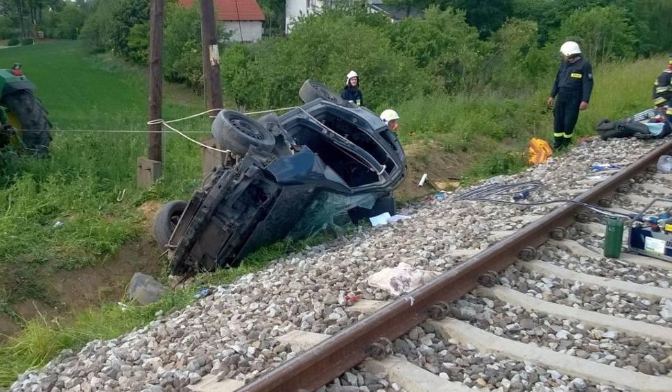 Film do artykułu: Po wypadku w Pniewitem. Kolej: - Nie zlikwidujemy przejazdów kolejowych