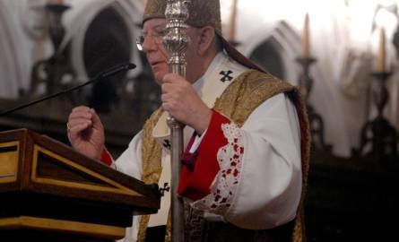 Uroczystości w Katedrze Wawelskiej. Arcybiskup Jędraszewski otrzymał paliusz od papieża Franciszka