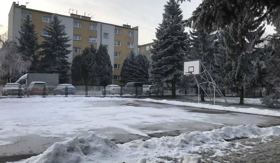Film do artykułu: Prawobrzeżna części Sandomierza doczekała się lodowiska