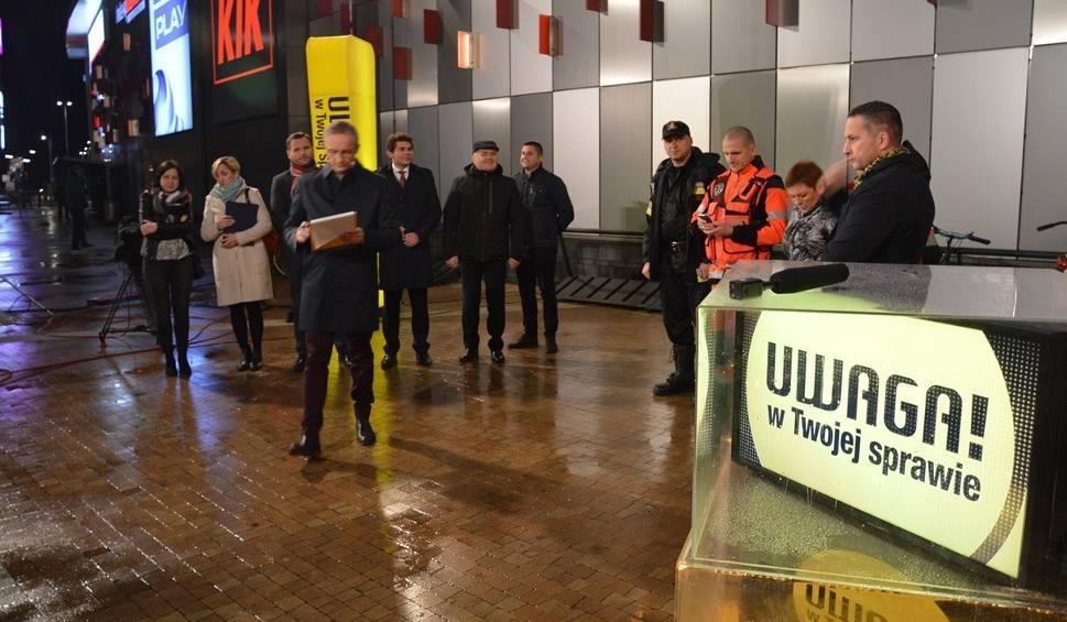 Film do artykułu: TVN Uwaga nadał na żywo relację z galerii VIVO