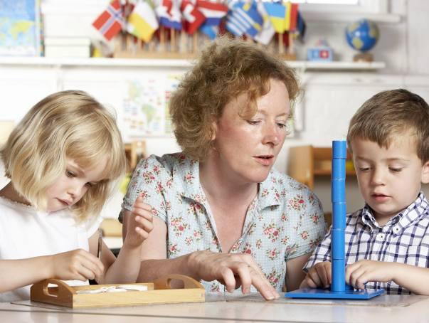 Dodatkowy zasiłek opiekuńczy na dziecko. Załapie się więcej rodziców. Sejm zmienił przepisy