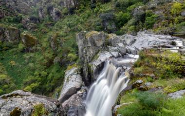 Pozo de los Humos to jeden z najpiękniejszych wodospadów Salamanki