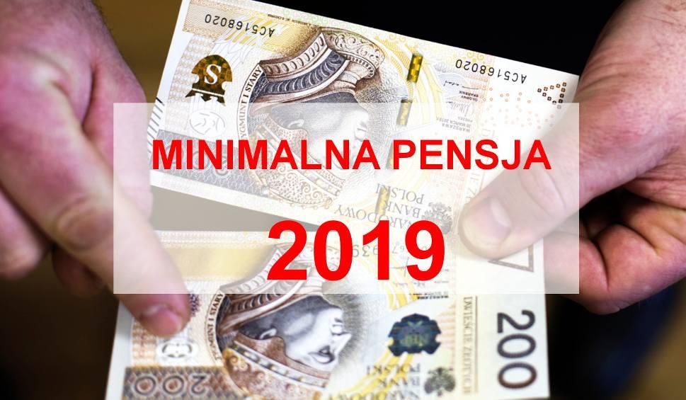 Film do artykułu: Płaca minimalna 2019. Ile na rękę? Nowa najniższa pensja [16.02.2019]. Minimalne wynagrodzenie - ile to netto
