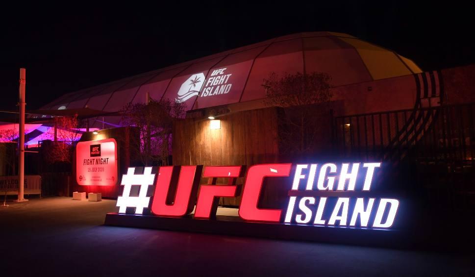 Film do artykułu: UFC przenosi się z Las Vegas na Fight Island. Wkrótce gale z udziałem Jana Błachowicza i Mateusza Gamrota