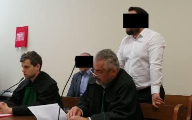 Były komornik Konrad C. ma wiele problemów. Aktualnie przebywa w areszcie, gdzie czeka na dalsze decyzje sądu i prokuratury
