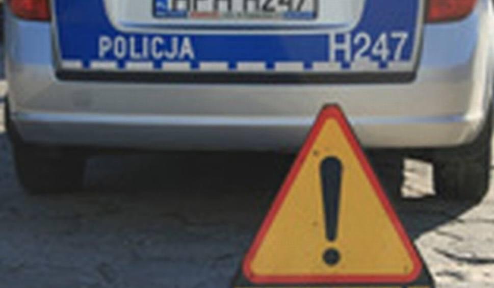 Film do artykułu: Radom. Omijał samochód przed przejściem przy ulicy Czarnieckiego. Potrącił 12-letnią dziewczynkę