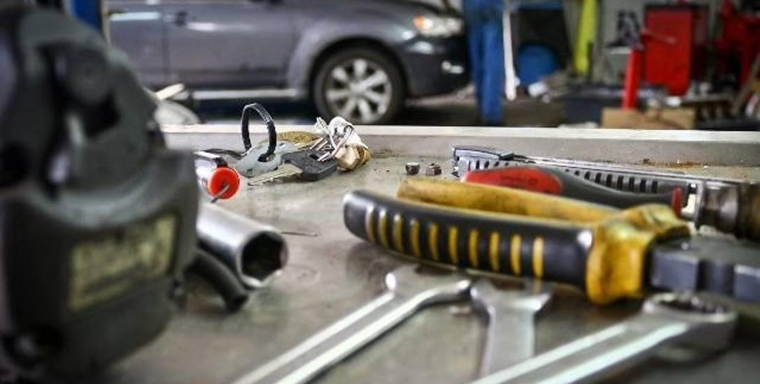 Handel  i naprawy samochodów  to wiodące branże w regionie, jesli chodzi o liczbę małych firm.