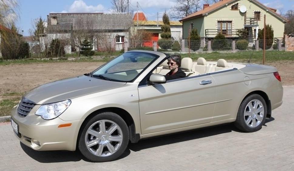 wra enia z jazdy chrysler sebring cabrio 2 7. Black Bedroom Furniture Sets. Home Design Ideas