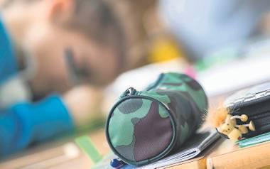 Niektórzy rodzice nie patrzą, czy dziecko zmęczone, czy nie. Zapisują je na kolejne zajęcia. W ten sposób zaspokajają też swoje niespełnione ambicje