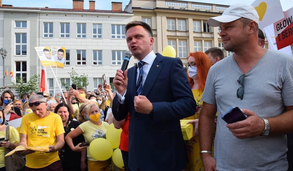 Film do artykułu: Białostoczanin Szymon Hołownia przyjechał na Rynek Kościuszki walczyć o głosy mieszkańców rodzinnego miasta (zdjęcia)