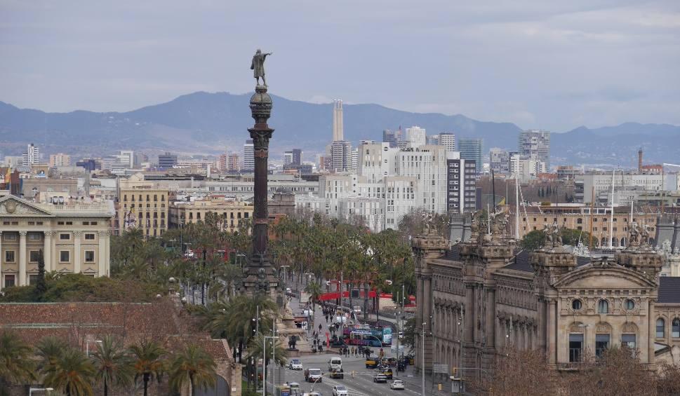Film do artykułu: Florencja, Barcelona i Wenecja mają dość niektórych turystów