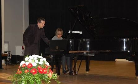 Prof. Zbigniew Raubo i pianistka z Chin od sześciu lat na stałe mieszkająca w Cottbus - Wanning Hu