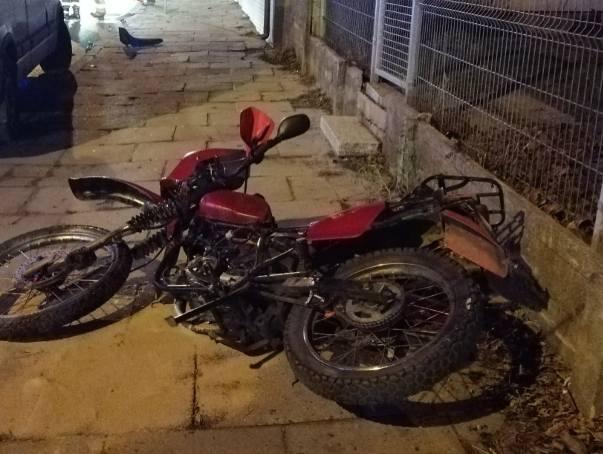 Groźny wypadek na Parzęczewskiej w Zgierzu. Ranny motocyklista ZDJĘCIA