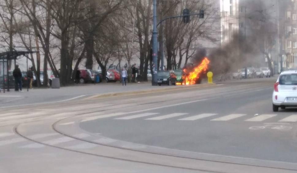 Pożar aut na Piotrkowskiej! [zdjęcia]