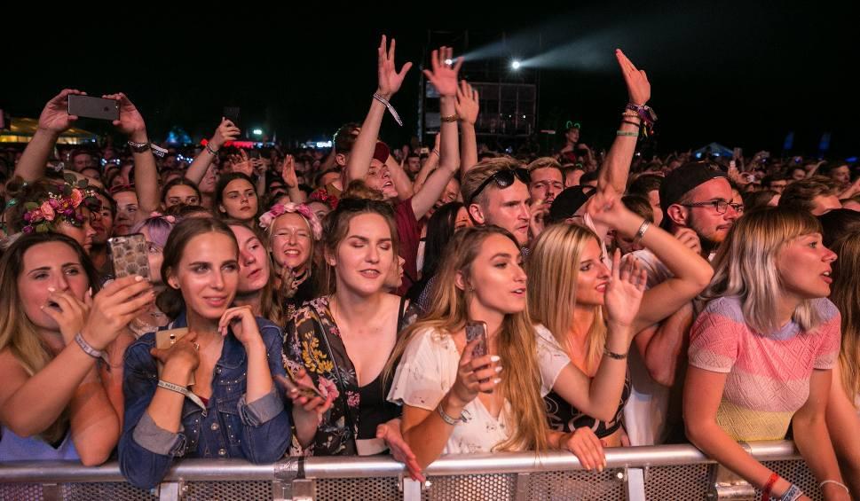 Film do artykułu: Kraków Live Festival 2017 rozpoczęty. Ellie Goulding oczarowała publiczność! [ZDJĘCIA]