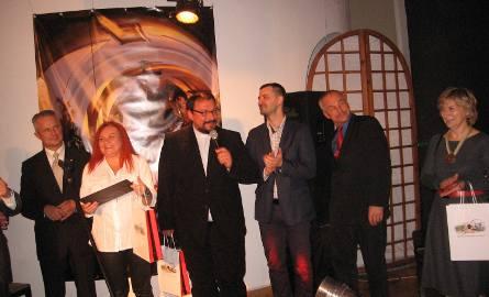 O wystawie mowił ksiądz Arkadiusz Bieniek.