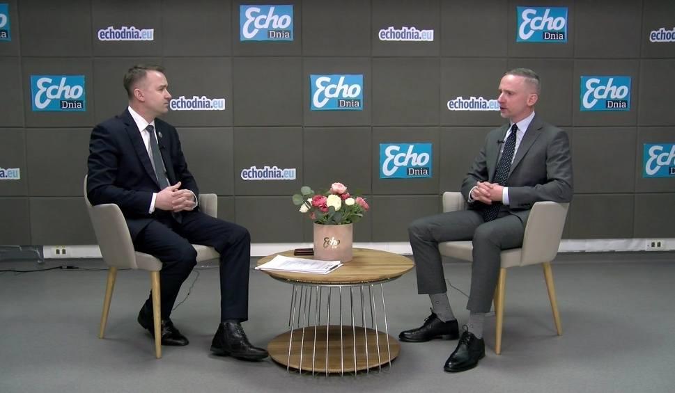Film do artykułu: GOŚĆ DNIA. Minister Michał Cieślak o kulisach awantury w Porozumieniu