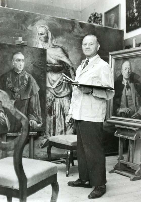 Antoni Michalak w swojej pracowni - 1966 rok