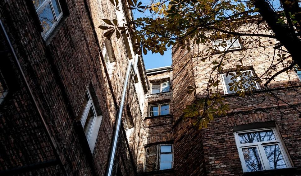 Film do artykułu: Wyłudzali mieszkania od starszych osób. Pokrzywdzeni w Inowrocławiu, Aleksandrowie i Włocławku