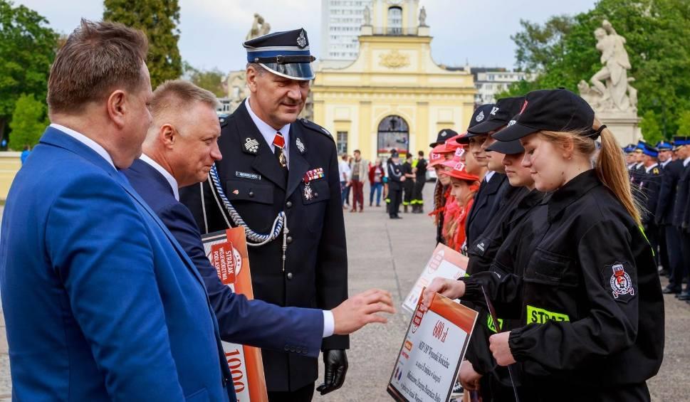 Film do artykułu: Dzień Strażaka 2019. Strażak Roku i Jednostka OSP Roku. Strażacy mieli swoje święto. Nagrodziliśmy najlepszych (zdjęcia)