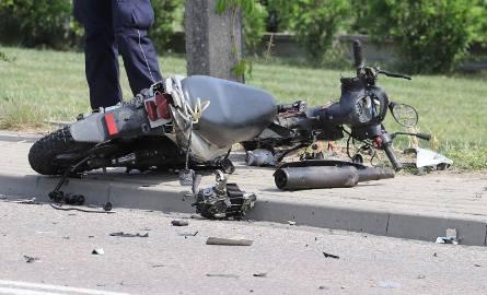 Tołcze: Wypadek śmiertelny. Zderzenie skutera z samochodem osobowym. Kierujący skuterem zginął na miejscu