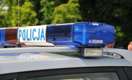 Zwłoki mężczyzny w centrum Łowicza. Śledczy podejrzewają samobójstwo