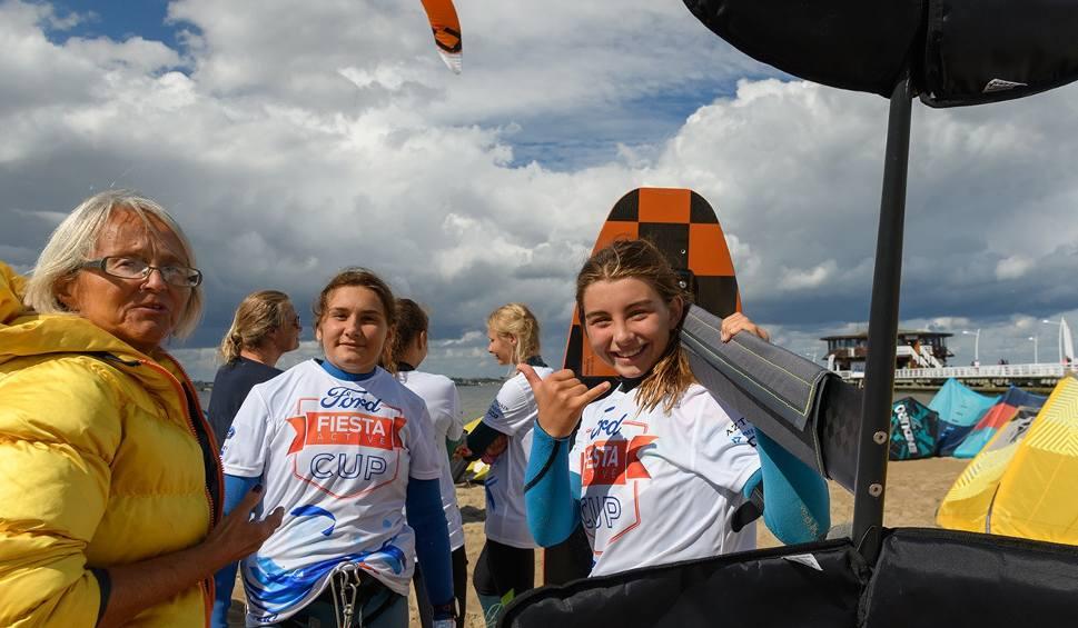 Film do artykułu: Ford Fiesta Active Cup. Kitesurferzy w Pucku muszą uzbroić się w cierpliwość i liczyć na korzystne warunki pogodowe