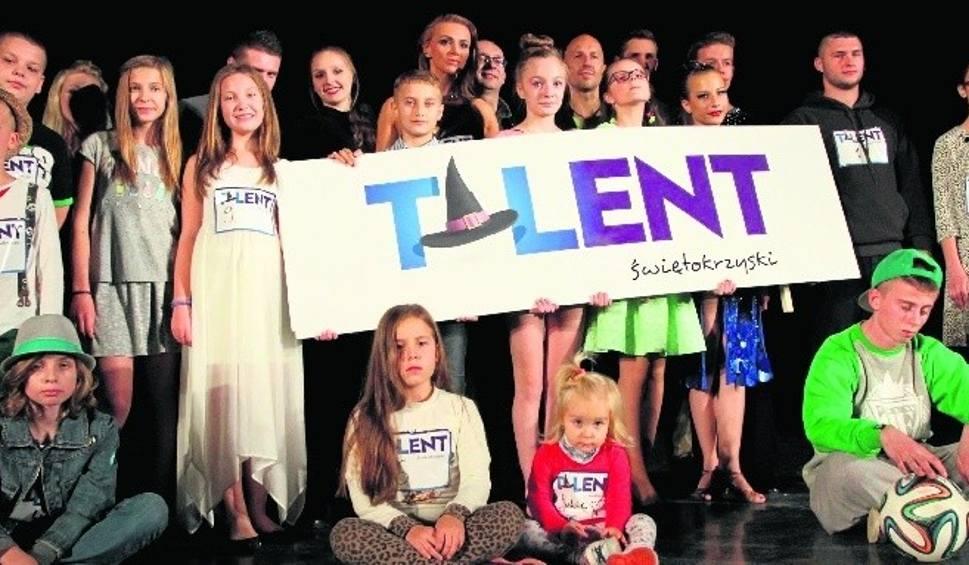 Film do artykułu: Talent Starachowicki. Na scenie zaprezentowało się 25 wykonawców
