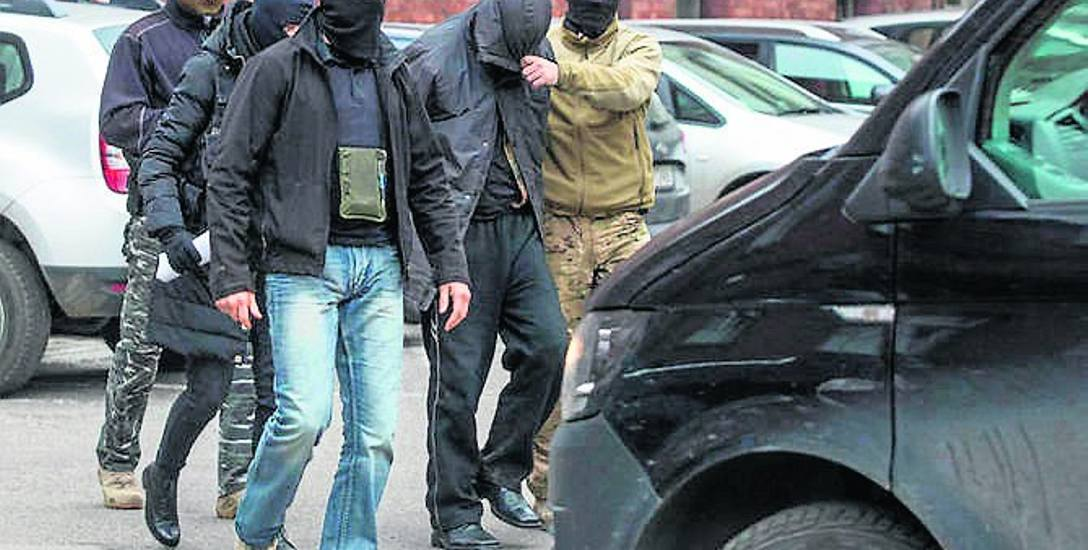 Zatrzymanie Dariusza R. jesienią 2017 roku. Gdańszczanin nie będzie sądzony za kradzież zwłok z pomorskich cmentarzy.