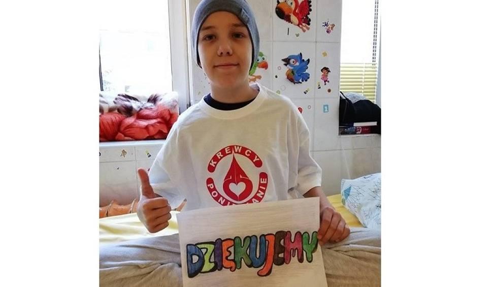 Film do artykułu: Prawie 48 litrów krwi i 60 tysięcy złotych zebrano dla Kubusia Wieczorka. Chłopiec i jego rodzina dziękują: - I jak tu nie wierzyć w anioły?