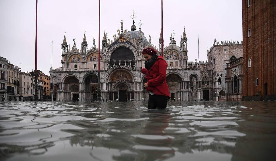 Film do artykułu: Wenecja: Powódź spustoszyła miasto [ZDJĘCIA] [WIDEO] Straty są ogromne, porządkowanie będzie trwało wiele tygodni