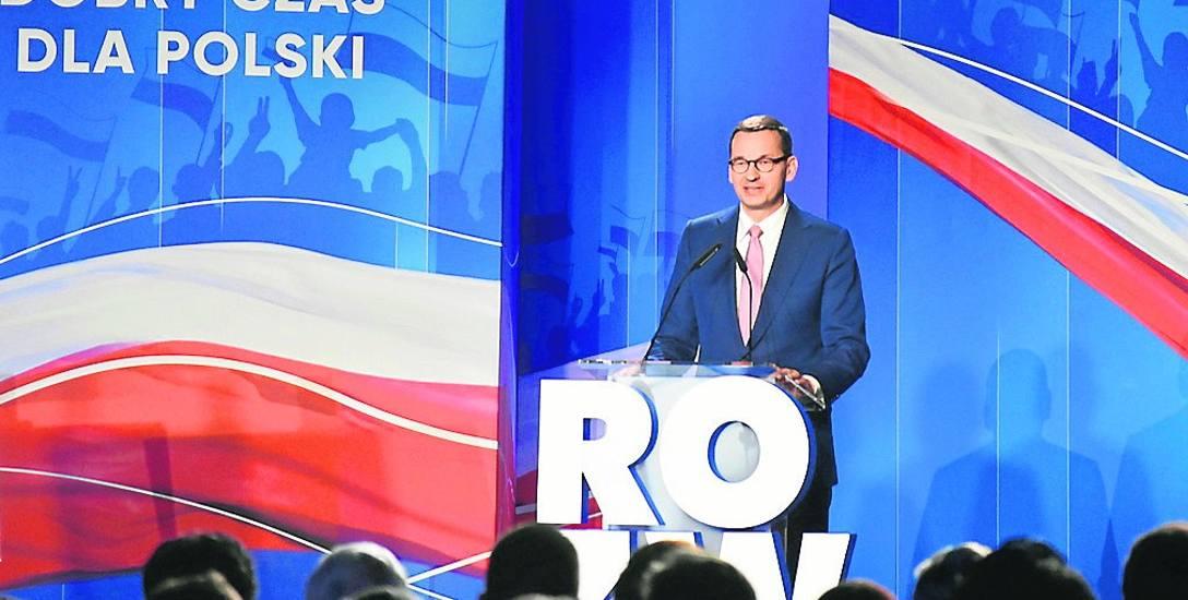 """Premier Mateusz Morawiecki przedstawił na konwencji PiS w Katowicach """"Pakiet dla przedsiębiorców"""", który zakłada m.in. 500 zł opłat na ZUS dla małych"""