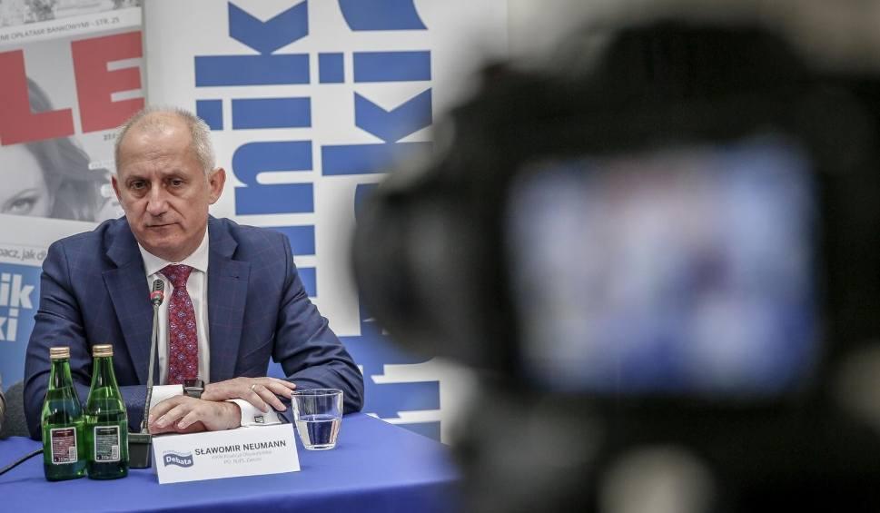 Film do artykułu: Taśmy Sławomira Neumanna. Szef klubu parlamentarnego PO obraża i przeklina na ujawnionych przed wyborami parlamentarnymi nagraniach