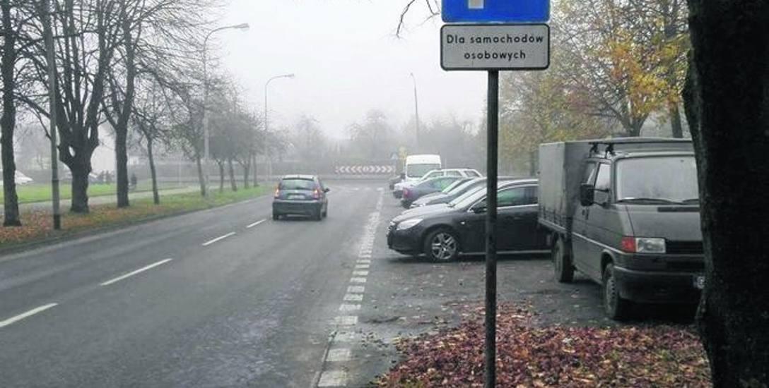 Parking przy ul. Wazów jest już tylko dla aut osobowych.