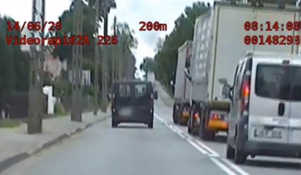 Film do artykułu: Suchowola. Podlaska Grupa Speed zatrzymała litewskiego kierowcę. Niebezpiecznie wyprzedzał i przekroczył prędkość (zdjęcia, video)