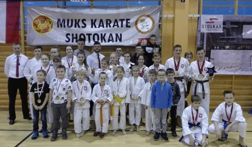 Film do artykułu: Młodzi karatecy z Brodnicy cały czas są w świetnej formie. Brawo. Sprawdźcie sami
