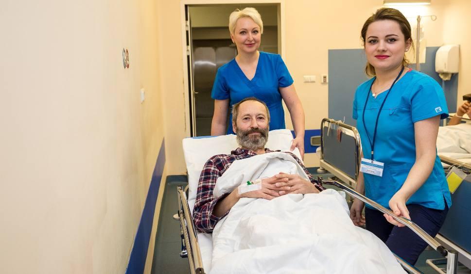 Film do artykułu: 49-letnia Niemka wróciła do zdrowia.  Szpik oddał jej nasz redakcyjny kolega