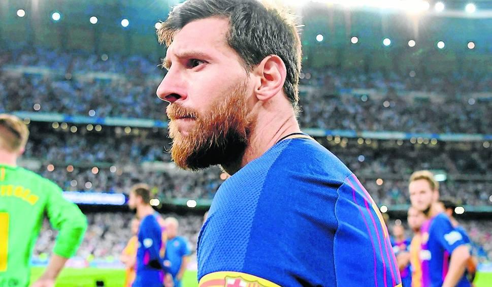 Film do artykułu: FC Barcelona w hołdzie ofiarom zamachu w Hiszpanii
