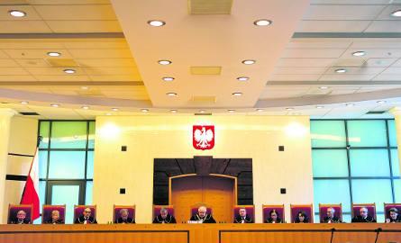 Politycy szukają winnego zamachu na Trybunał