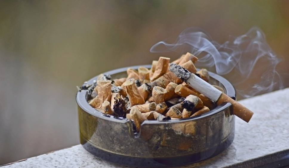 Film do artykułu: Akcyza na alkohol i papierosy w 2020 w górę. Już płacimy za obietnice wyborcze PiS? Czeka nas też podwyżka cen innych produktów!