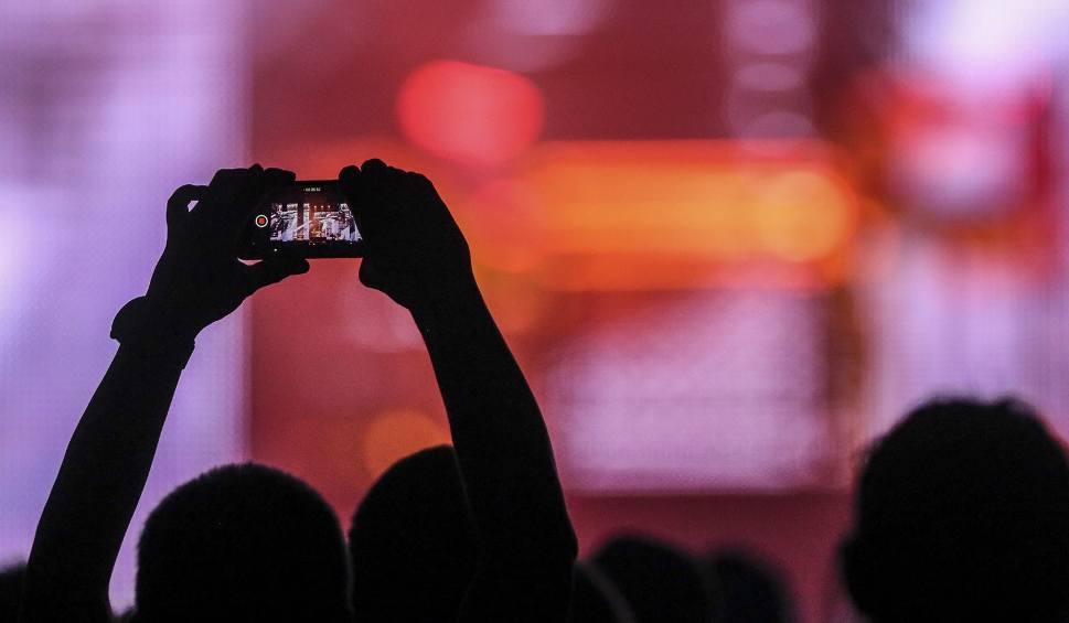 Film do artykułu: Jak zrobić dobre zdjęcie smartfonem? Fotograf zdradza proste triki