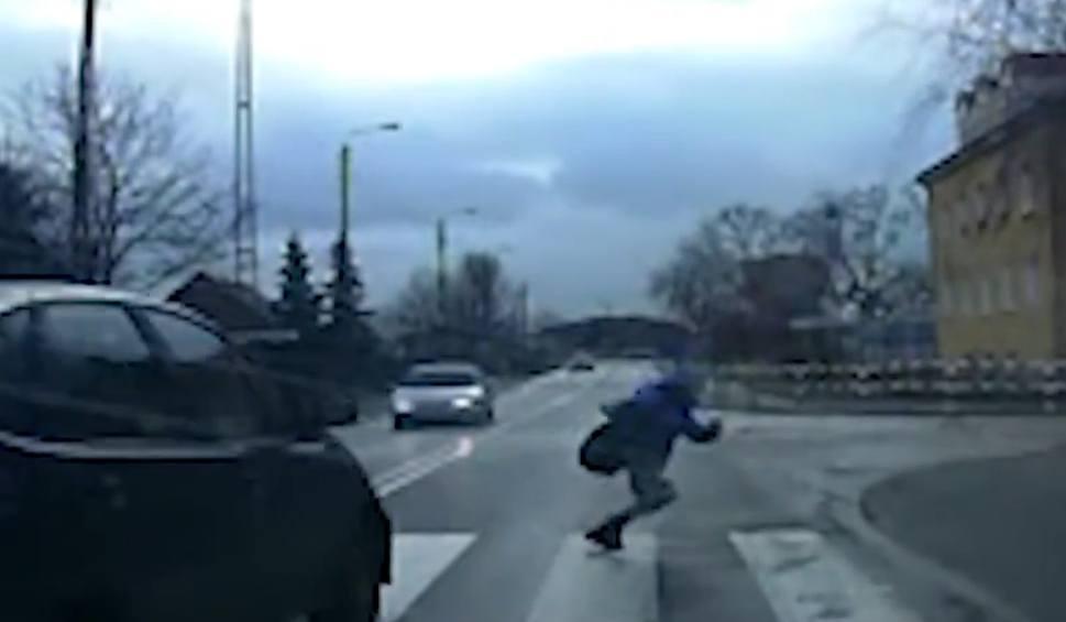 Film do artykułu: To cud, że to dziecko uniknęło poważnego wypadku [wideo - program Stop Agresji Drogowej]