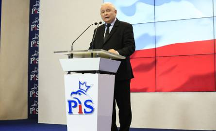 Pilna narada na Nowogrodzkiej bez udziału premiera Mateusza Morawieckiego. Rzecznik PiS dementuje