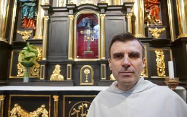 ojciec Krzysztof Modras, obecny przeor klasztoru