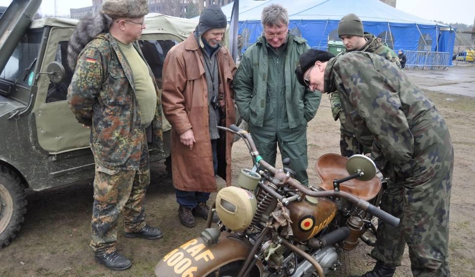 Film do artykułu: Zlot pojazdów wojskowych w Bornem Sulinowie [zdjęcia, wideo]