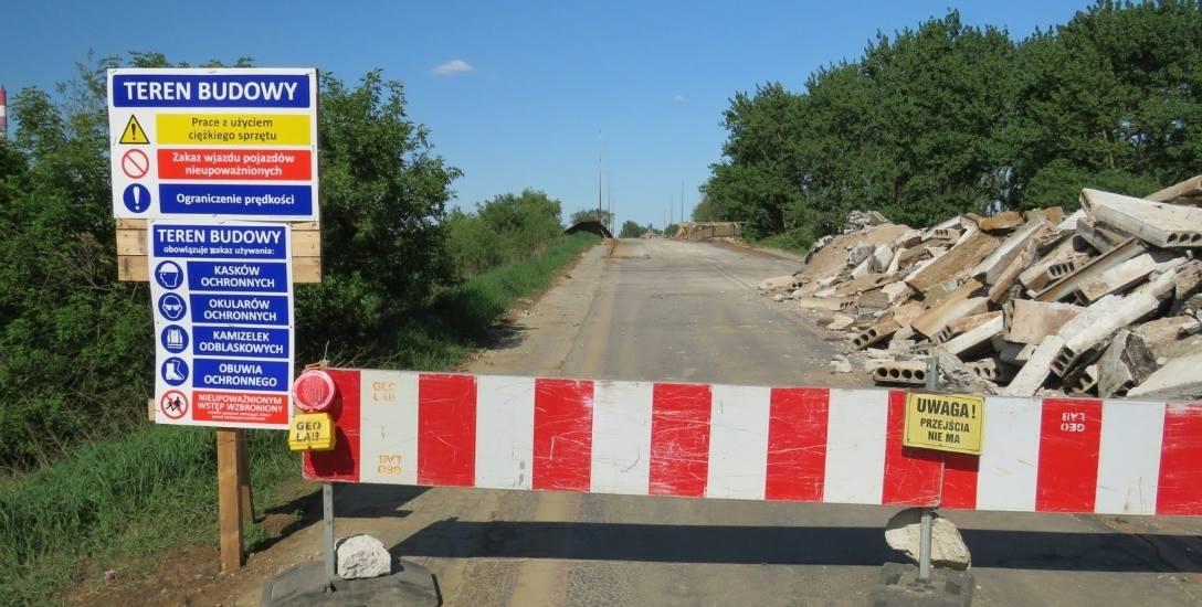 Obiecują, że wiadukt będzie przejezdny od września