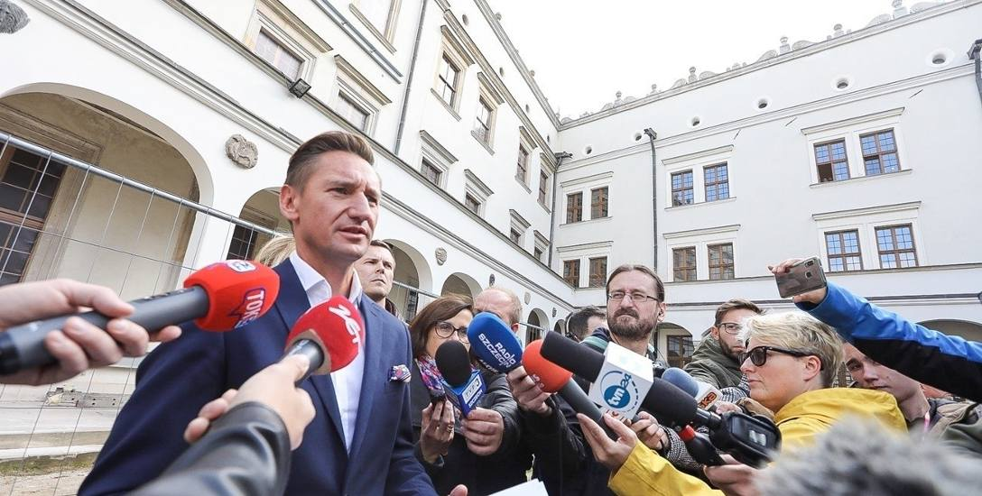 - Chciałbym, aby teraz PiS i SLD przeprosili za oskarżenia, że to przez inwestycje na Zamku zapadły się kondygnacje - powiedział Geblewicz.